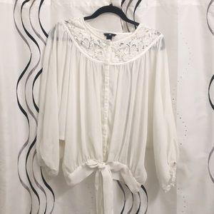 Cute flowy detailed white top